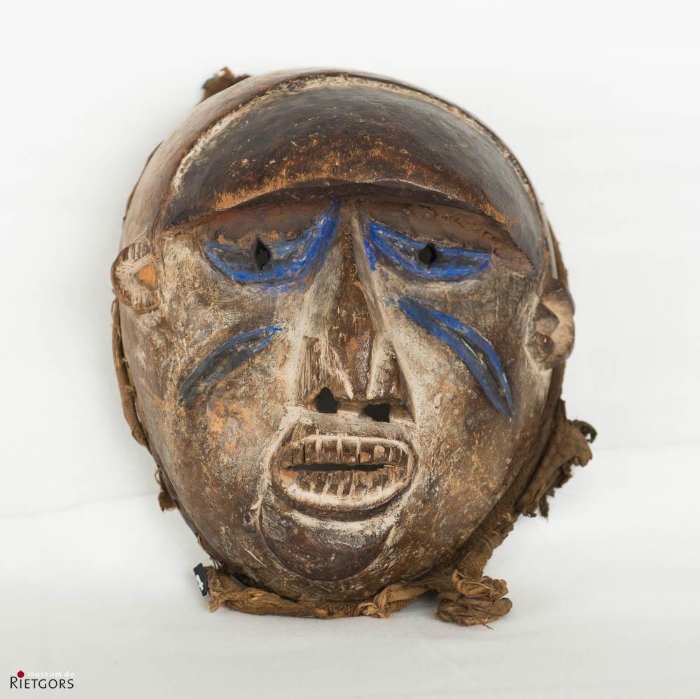 Afrika, Nigeria - Yoruba - Een beschilderd houten Dansmasker