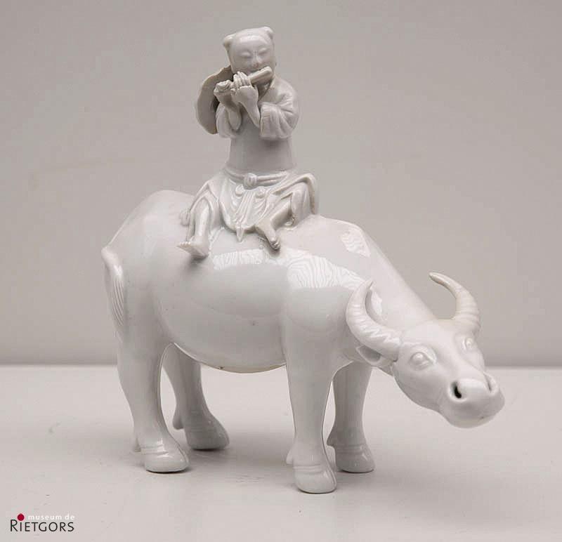 China - Fluitspeler op buffel. Omstreeks 1800.