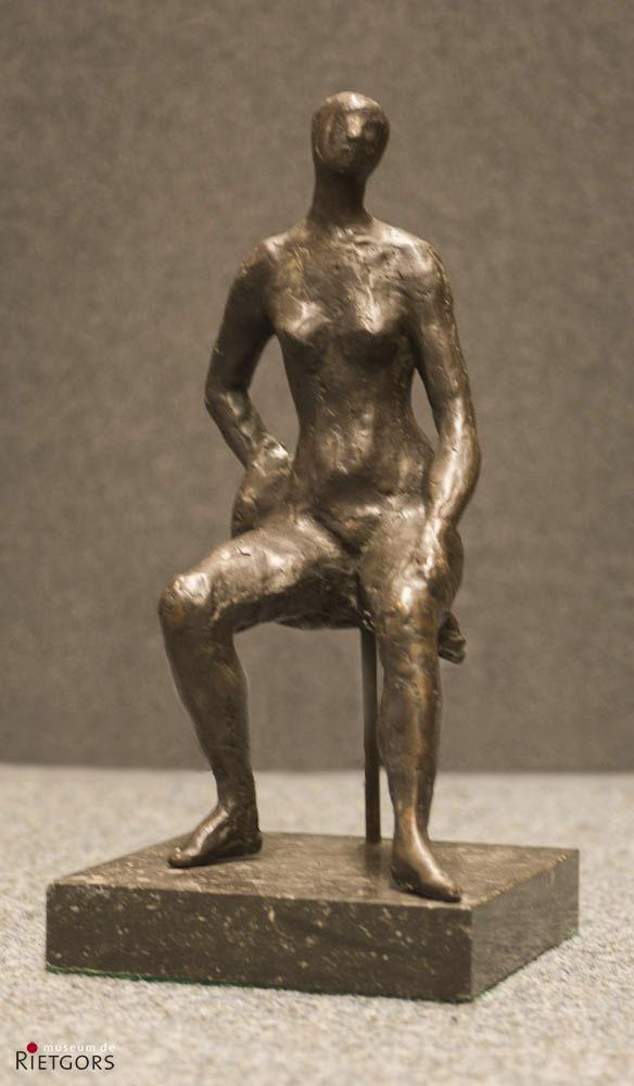 H. Hemelaar (1946) - Zittend meisje: Marijke.