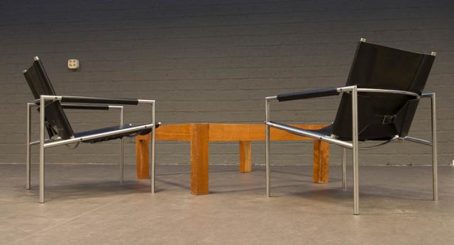 Mart Visser - Armstoelen met lederen zitting